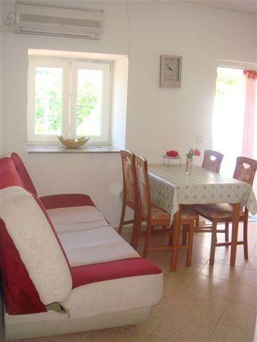 Igen 81<br>FROM 184,20&#8364;/2 PERSONS/7 DAYS