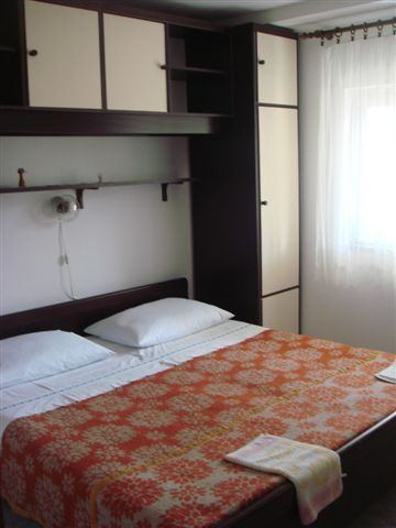 Igen 44<br>4 PERSONS/7 DAYS/FROM 368,40€