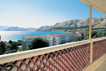 Hotel Corinthia I